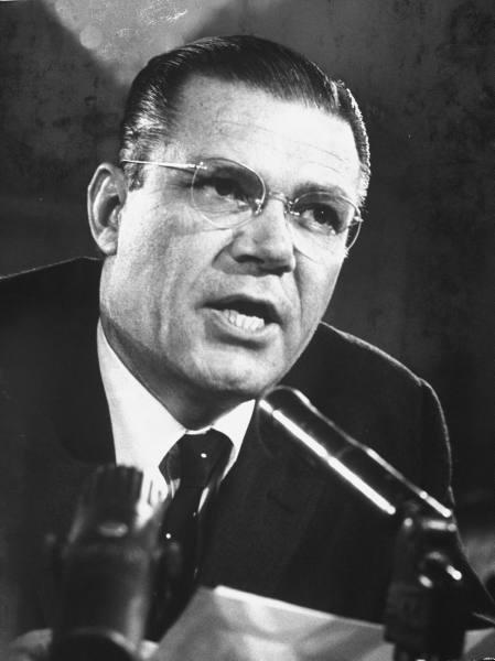 No quien, sino el ¿Por que asesinaron a Jhon F. Kennedy?